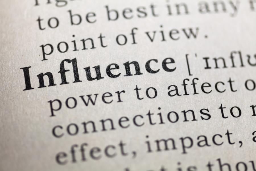 Influence – Die 6 Prinzipien der Überredungskunst